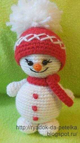 Как связать снеговика крючком
