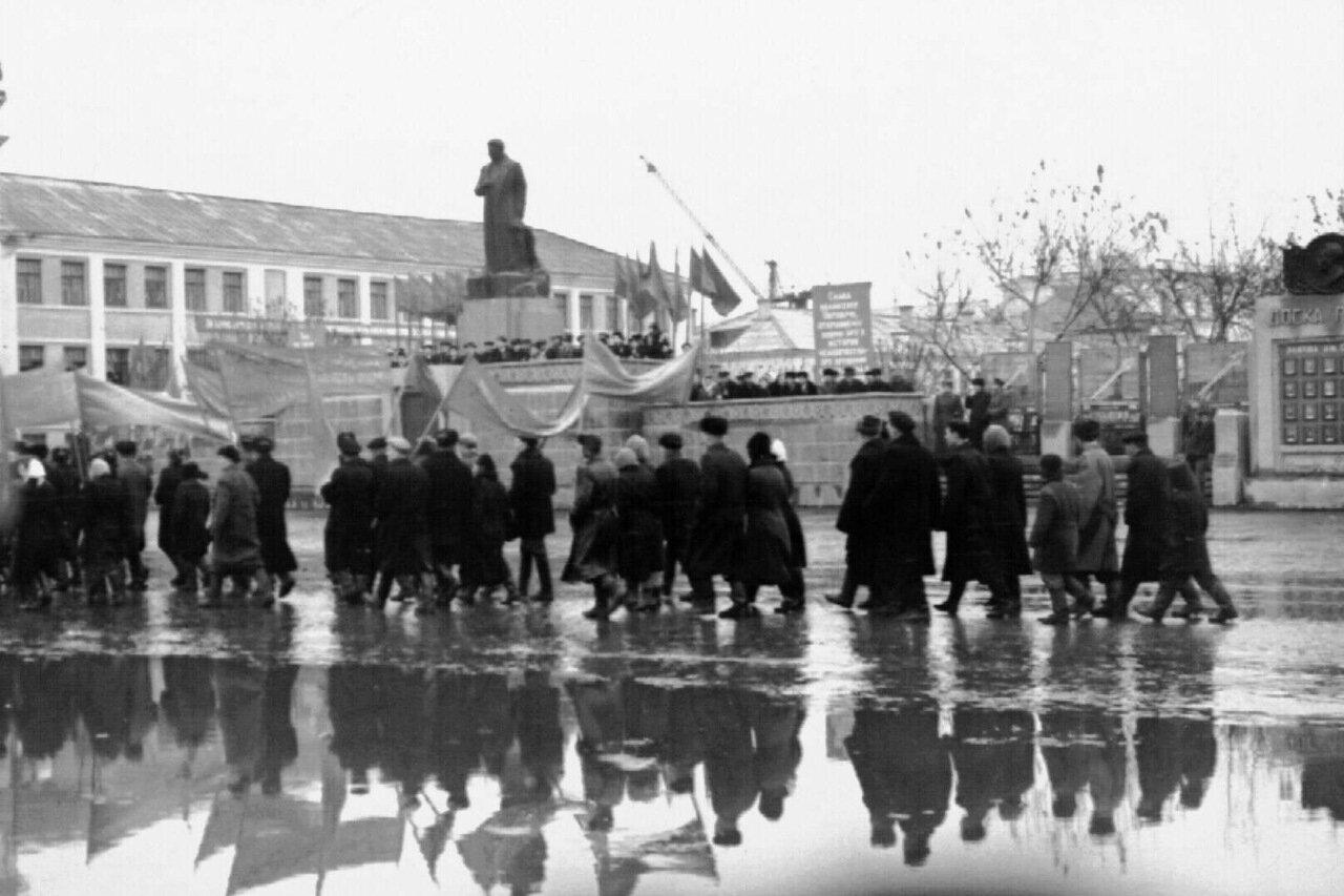 1957. Вперёд к победе социализма!