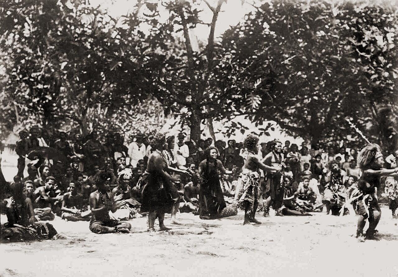 Шива Самоа (традиционный самоанский танец) 1900