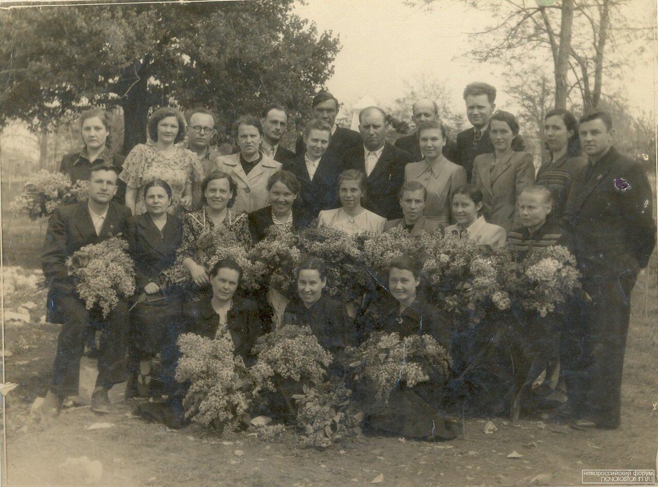 1954. Педагогический коллектив СОШ №14