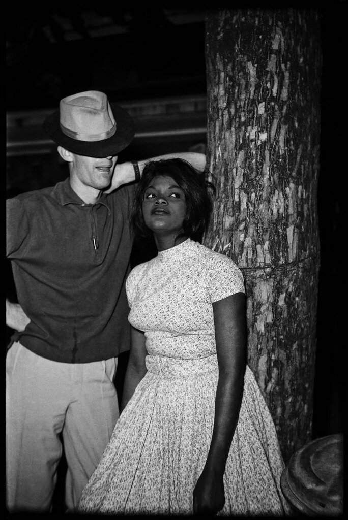 1965. Европеец с местной девушкой. Киншаса