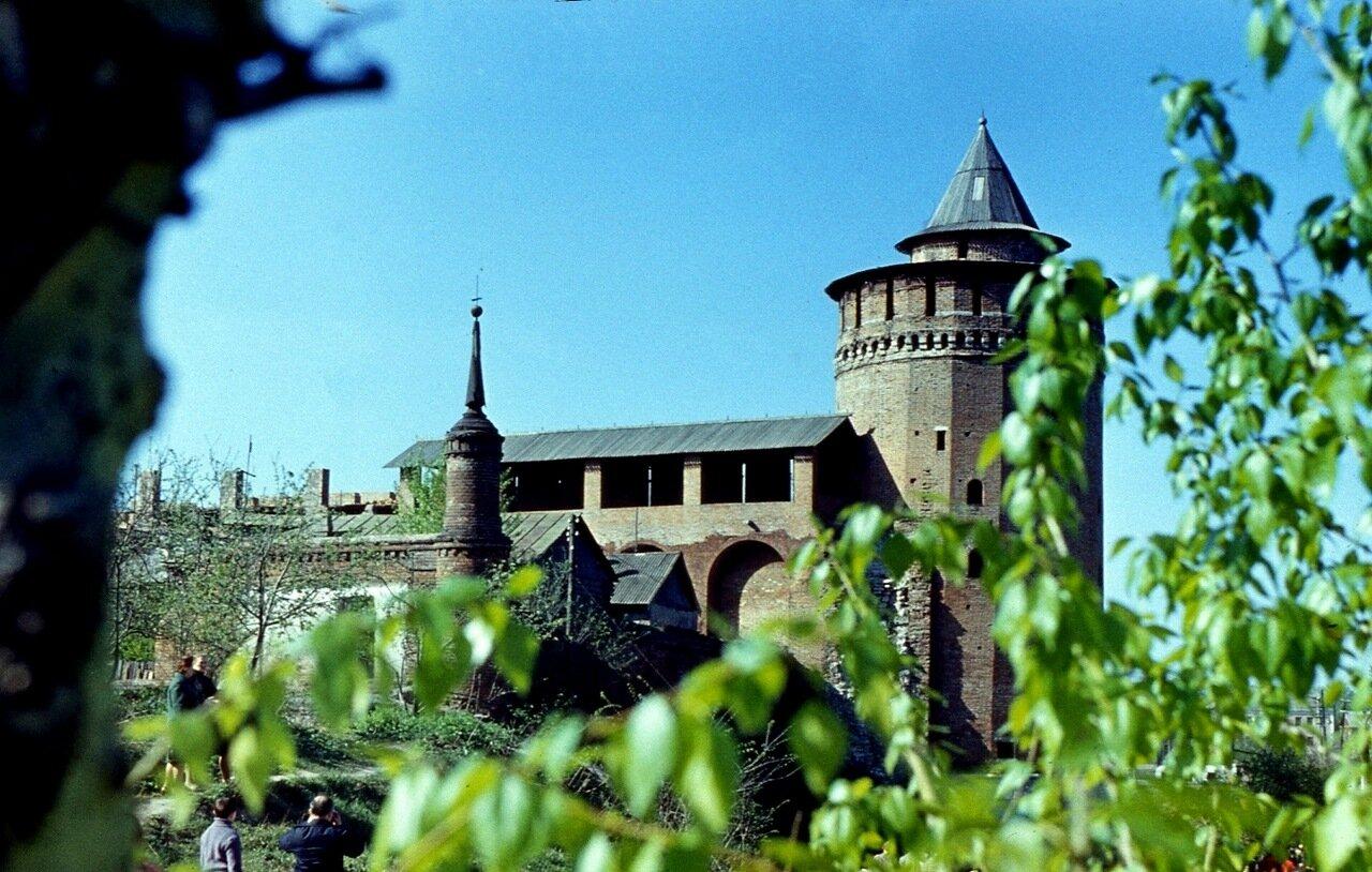 35.  Маринкина  башня