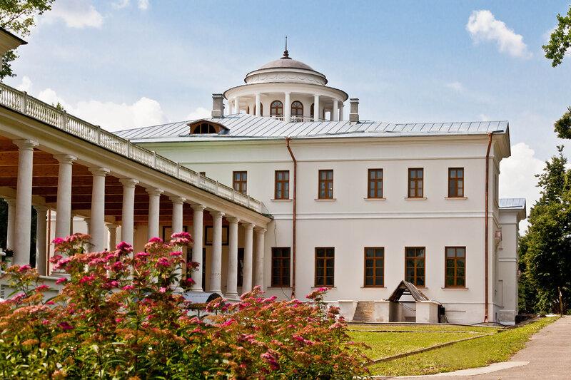 Дворец Вяземского в Остафьево