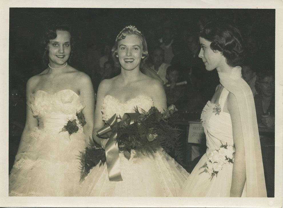 Американские выпускницы 40-90-х годов