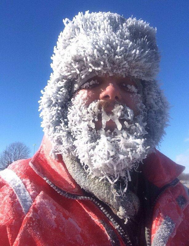 Чихнул на морозе (1 фото)