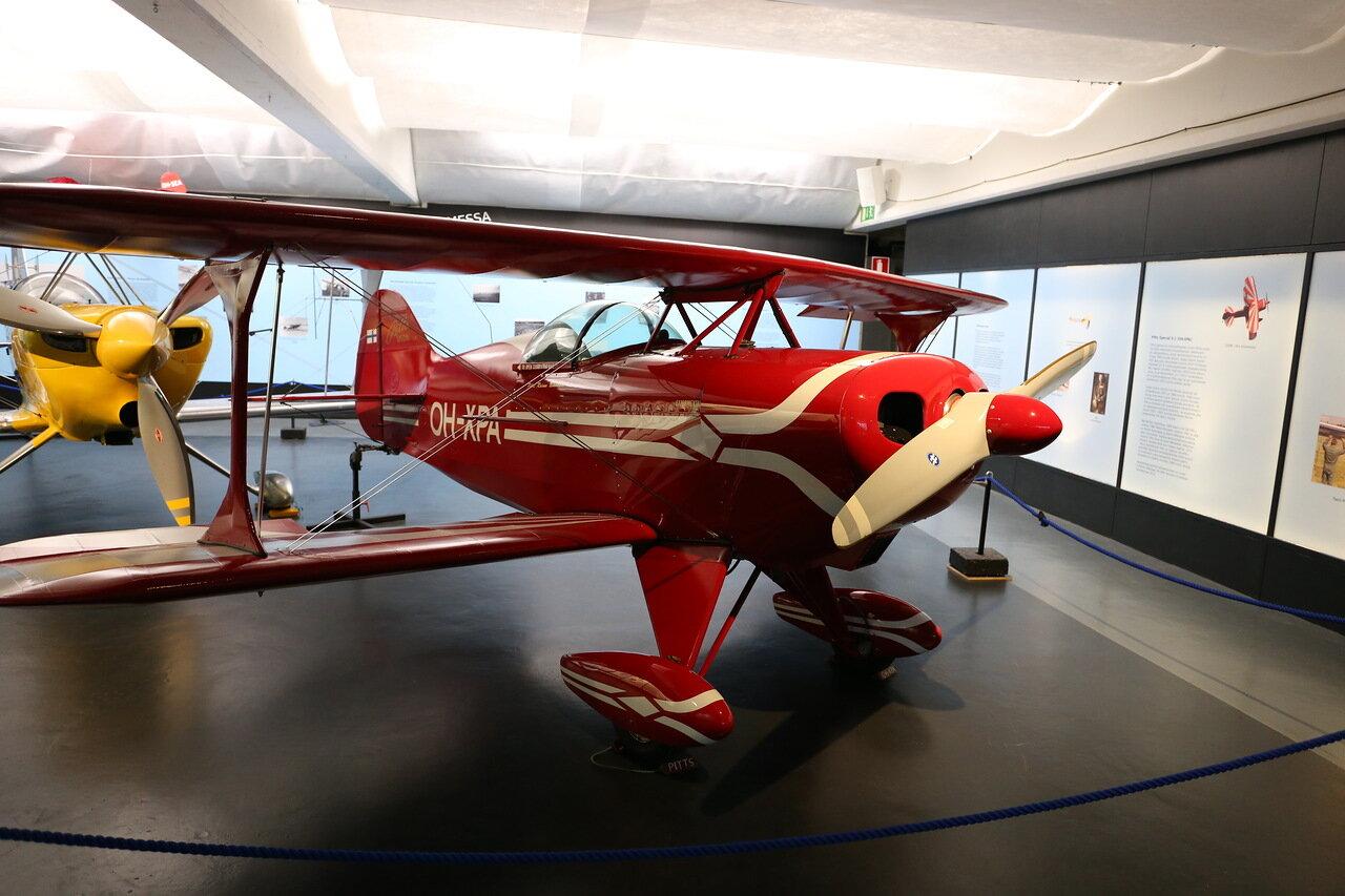 Авиамузей Хельсинки-Вантаа.  Finnish Aviation Museum.  Aerobaic  biplane Pitts Special S-1. . акробатический самолет