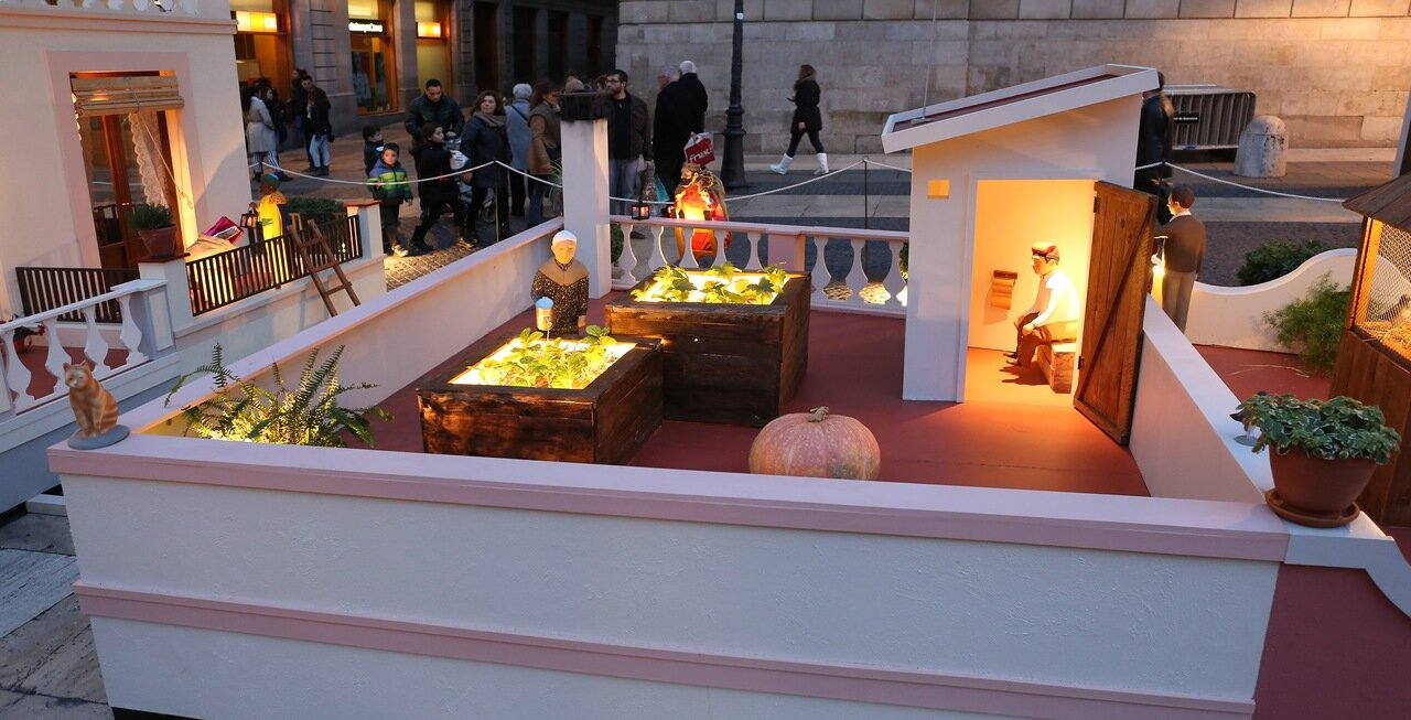Барселона. Пл. Св.Иакова. Рождественские инсталляции. Barcelona. Plaza de San Jaime