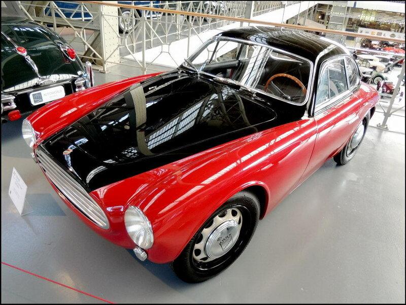 Autoworld 8409 Moretti 750 Grand Sport Berlinetta 1954.JPG