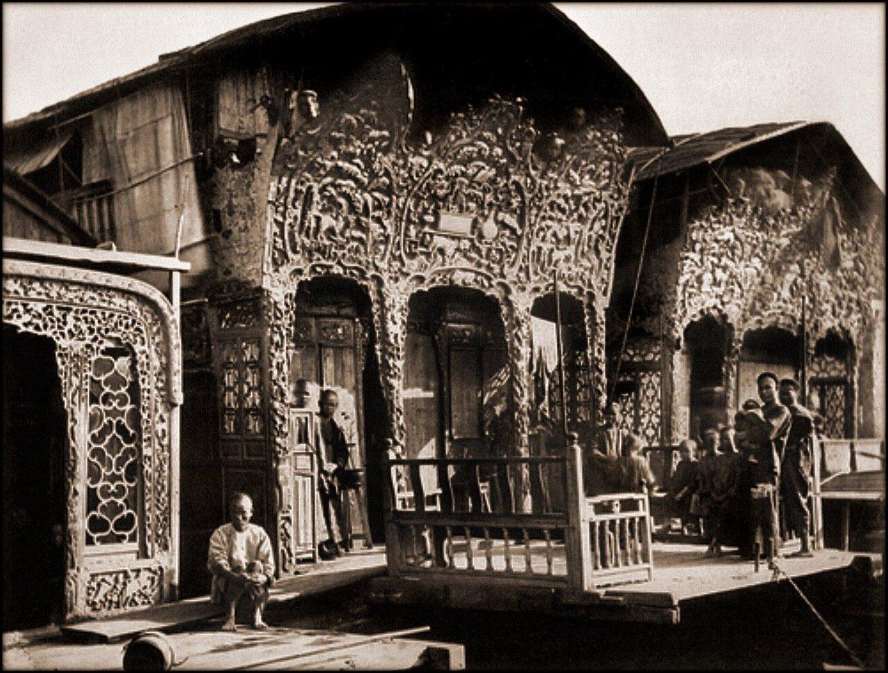 1871. Плавучий бордель (Цветочная лодка) в Кантоне