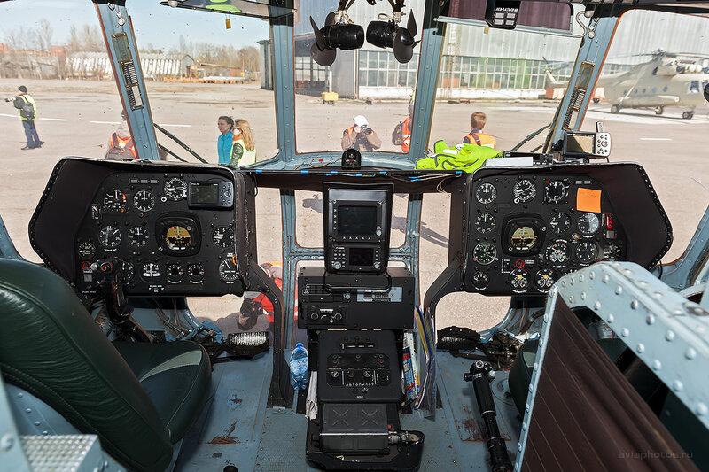 Миль Ми-8Т (RA-24100) Балтийские Авиалинии D708390