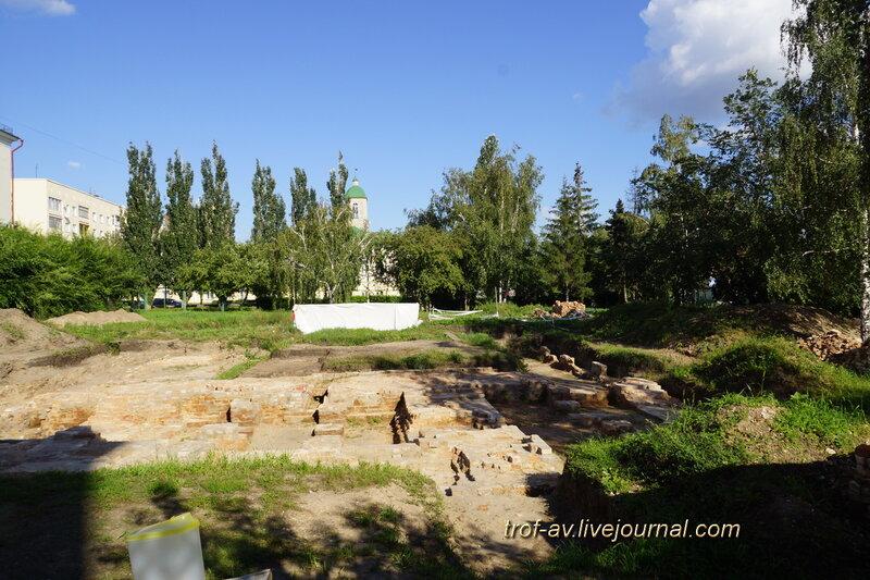 Раскопки на месте Воскресенского военного собора, историко-культурный комплекс Старая крепость, Омск