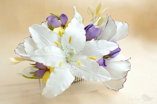 гребень цветочный лилии