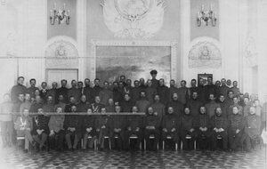 Офицерский состав бригады в главном зале управления.