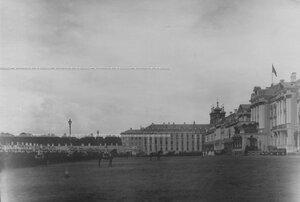 Парад полка  в день празднования  200-летнего юбилея полка.