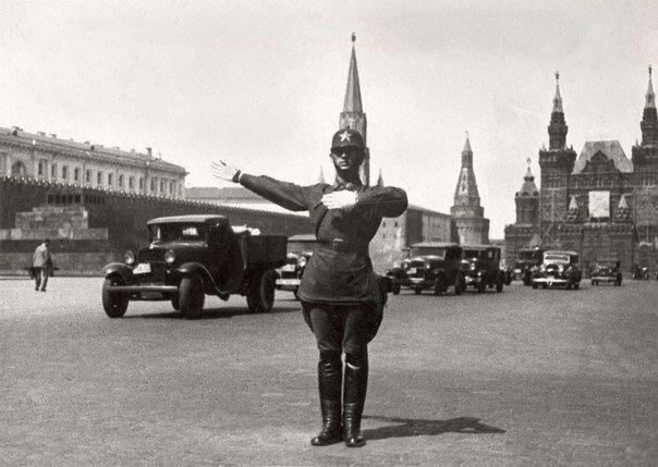 Регулировщик на Красной площади