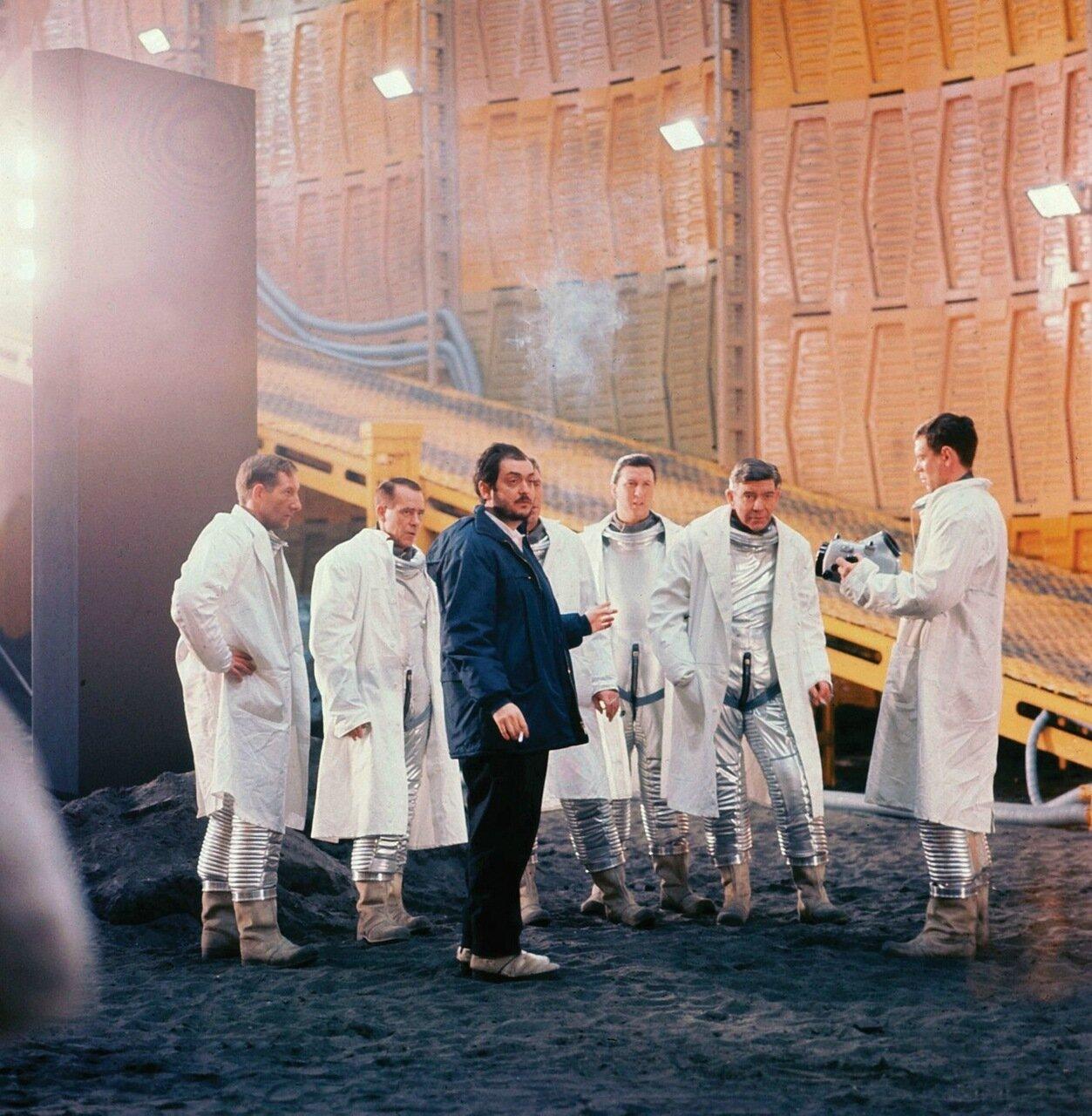 1968. Стенли Кубрик на съемках «Космической Одиссеи»