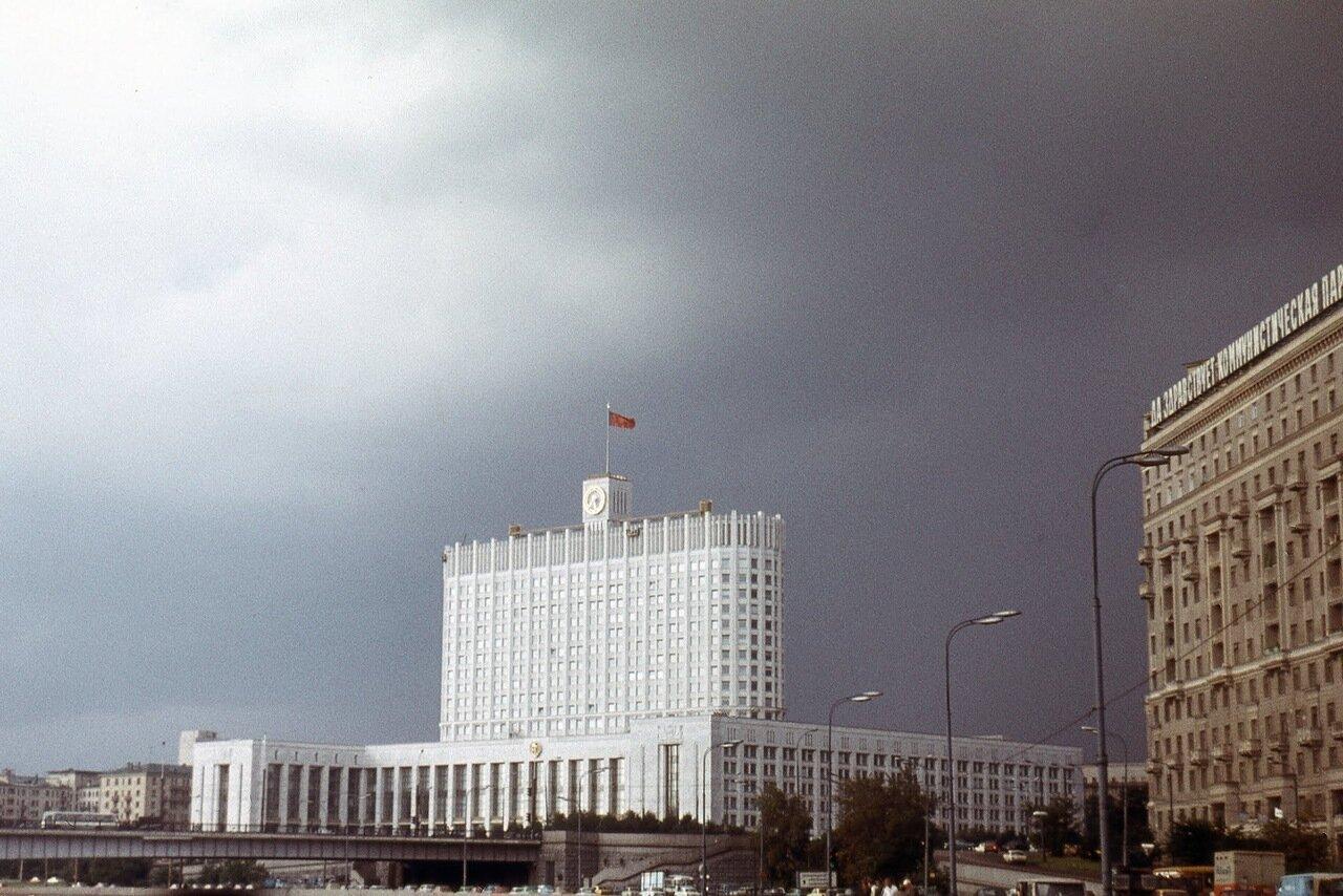 Здание Совета министров РСФСР.