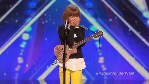 """За победу в американском проекте """"Америка ищет таланты"""" 12-летняя американка Грейс Вандервол одержала главный приз - миллион долларов"""