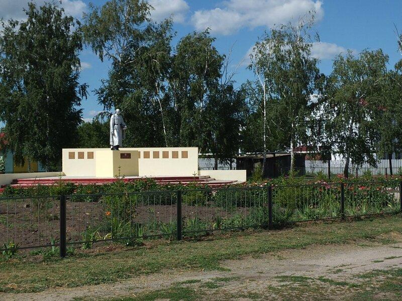 Хворостянка, Безенчук аэродром 396.JPG