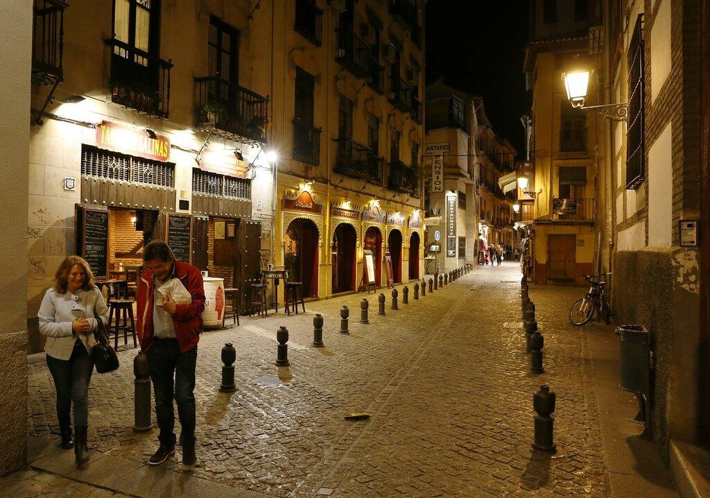 Ночная Гранада. Улица Эльвира (Cllae Elvira)