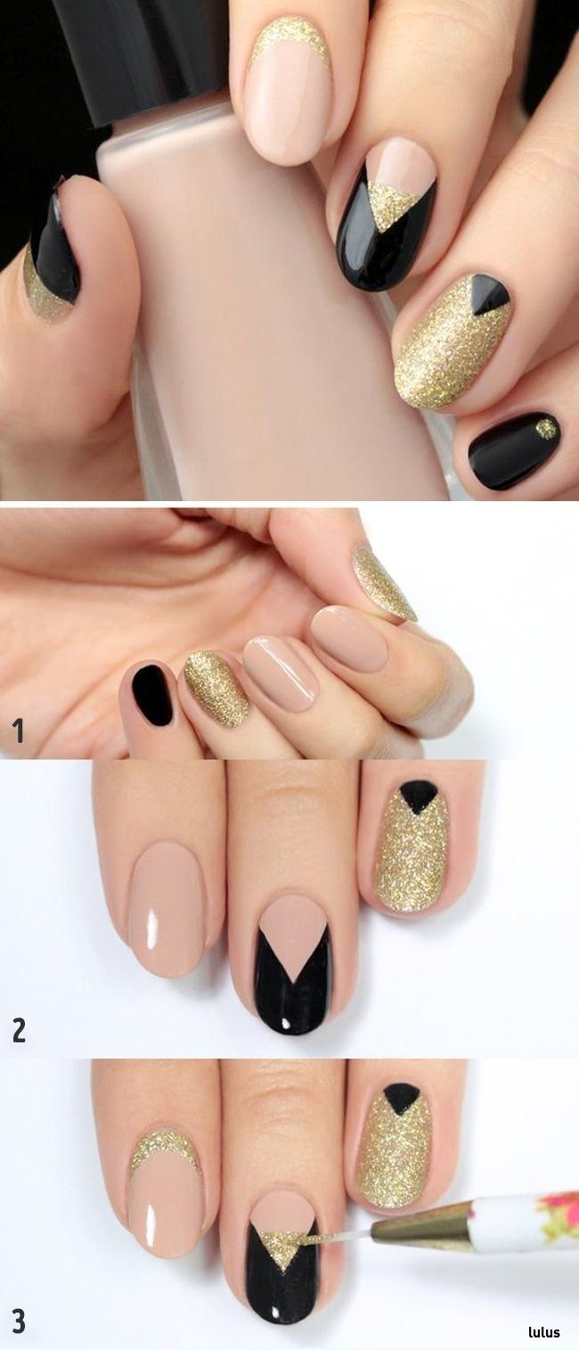 © lulus  Предварительно прорисуйте V-образную форму насреднем ногте ималенький треугольник у
