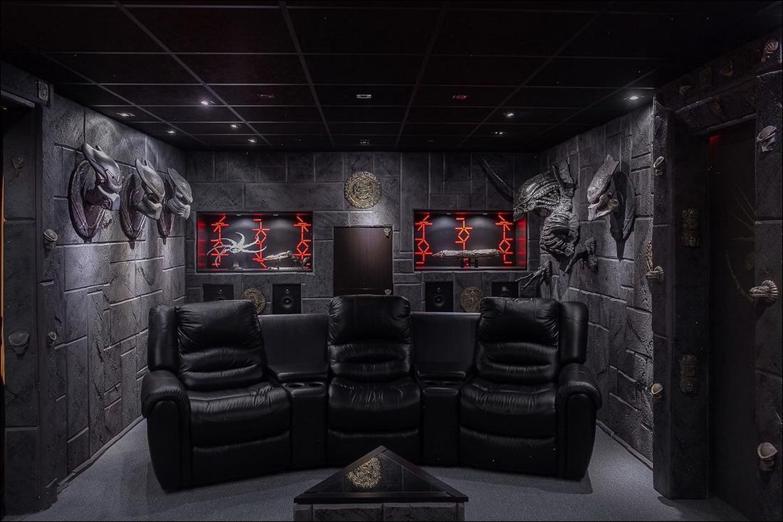 Продается дом поклонника фантастики за 320 000