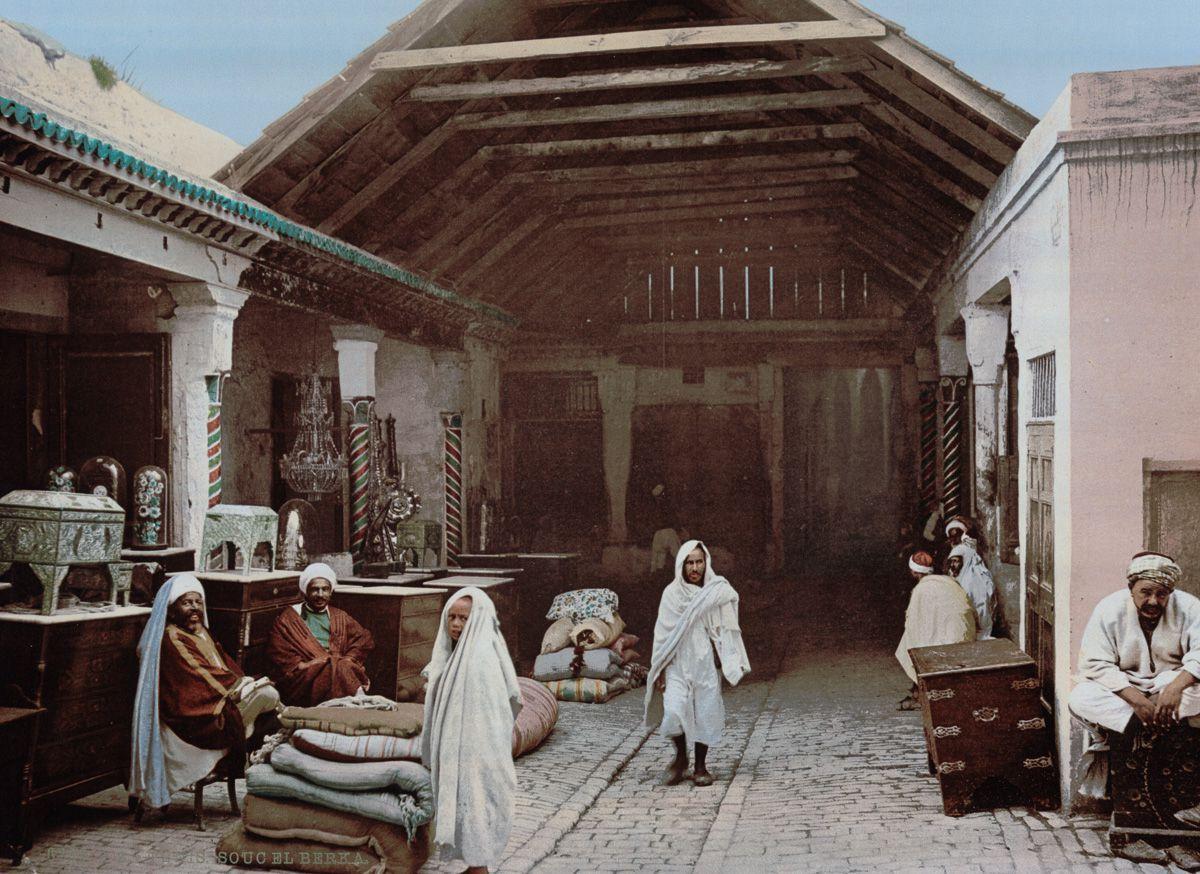 Базар в Тунисе.