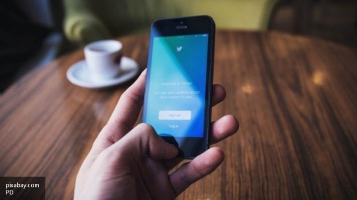 Социальная сеть Twitter заплатит пользователям завидеоролики