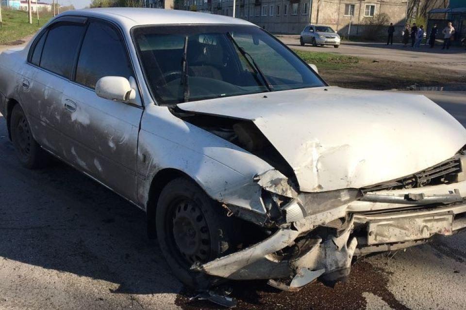 Старую и новейшую Тоёта Corolla столкнули вкраш-тесте