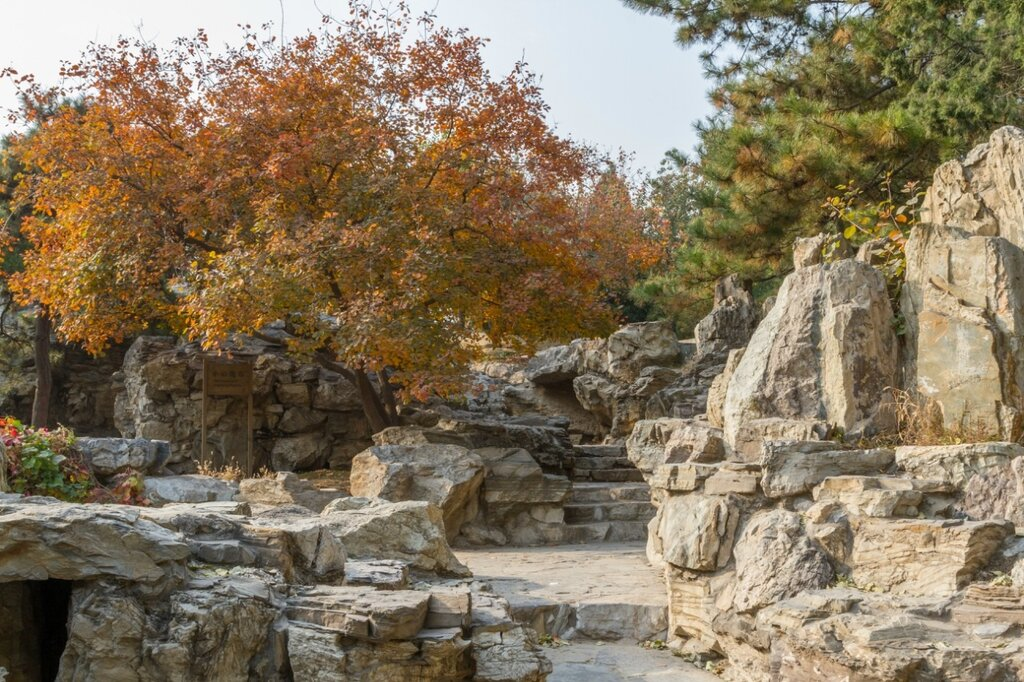 Рукотворная скала, Алтарь Солнца, Пекин, Житань