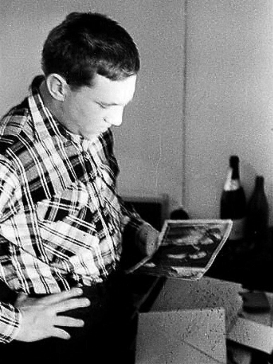 1963. Владимир Высоцкий в гостинице «Сибирь» г.Томска.  29 декабря