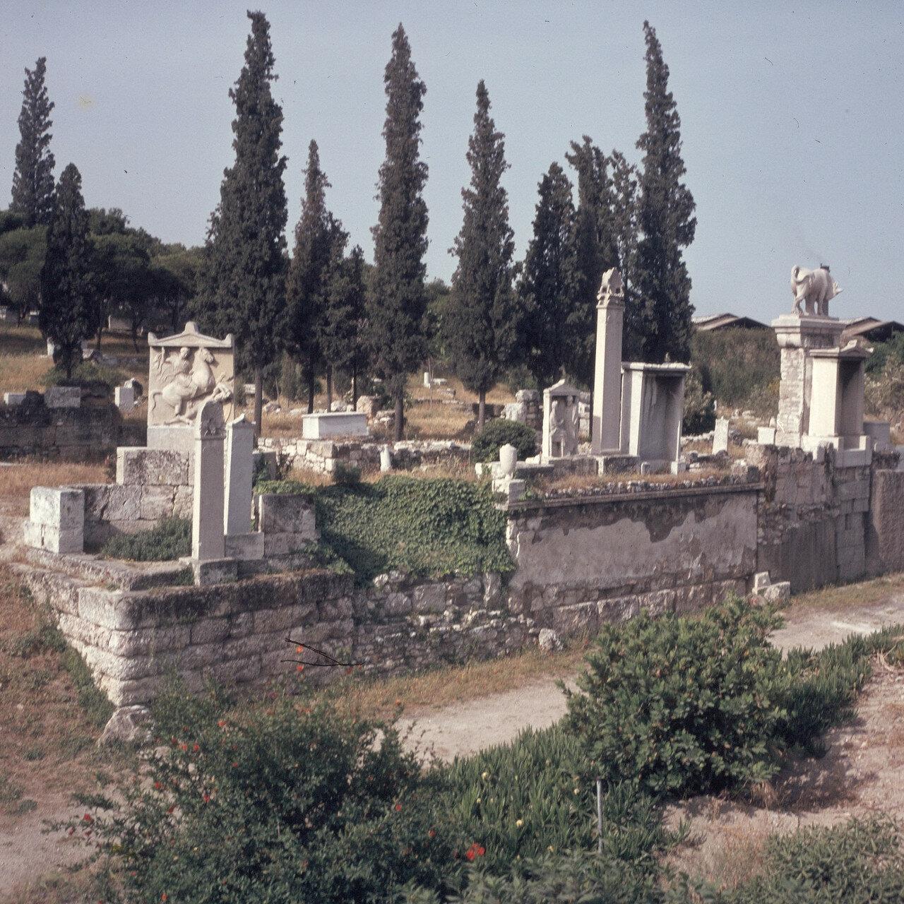 Афины. Кладбище Керамейкос. Стела Дексилиоса, умершего во время Коринфской войны. 1968́