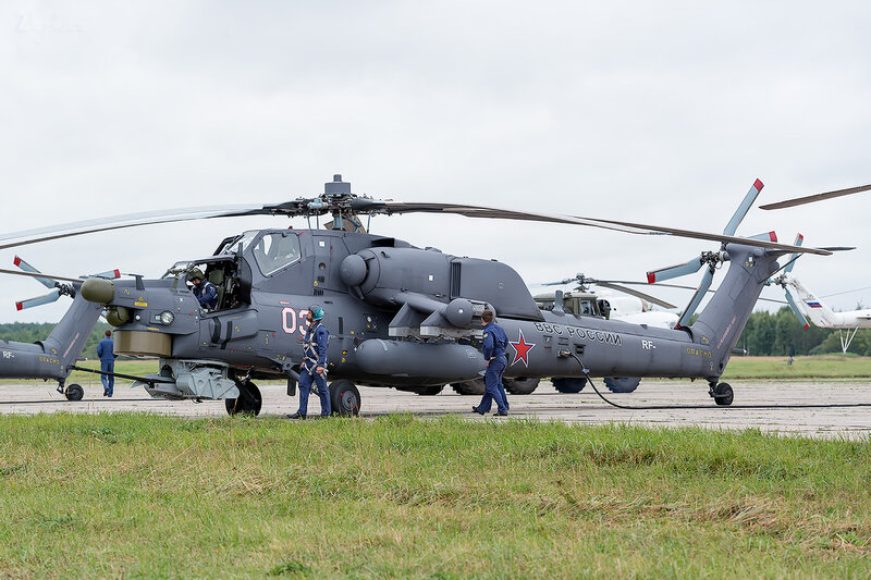 Миль Ми-28Н (03 белый) D801741