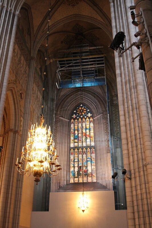 Уппсала, Кафедральный Собор. Интерьеры. Витражи. Stained-glass window .  Uppsala Cathedral interior