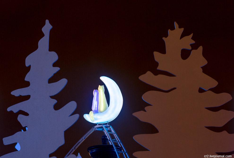 34. А вчера здесь состоялось открытие Зимних дней уличных театров. В общей сложности будет сыгр