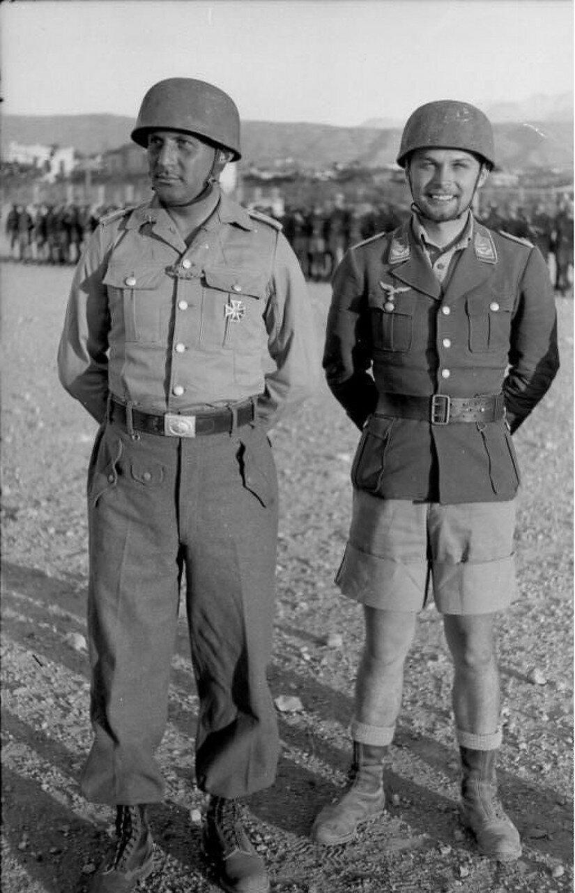 Хорст Требс (справа) с В.Герике,  9 июля 1941