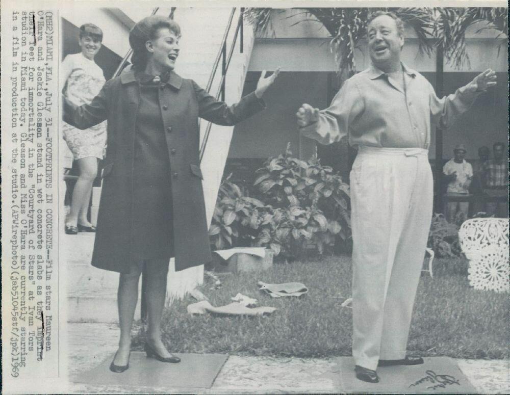 1969. Актеры Джеки Глисон и Морин О'Хара