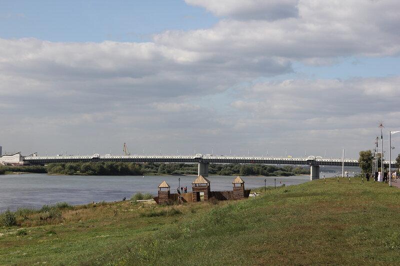 Мост имени 60-летия Победы, Омск