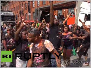 Знаменитый карнавал на улицах Лондона