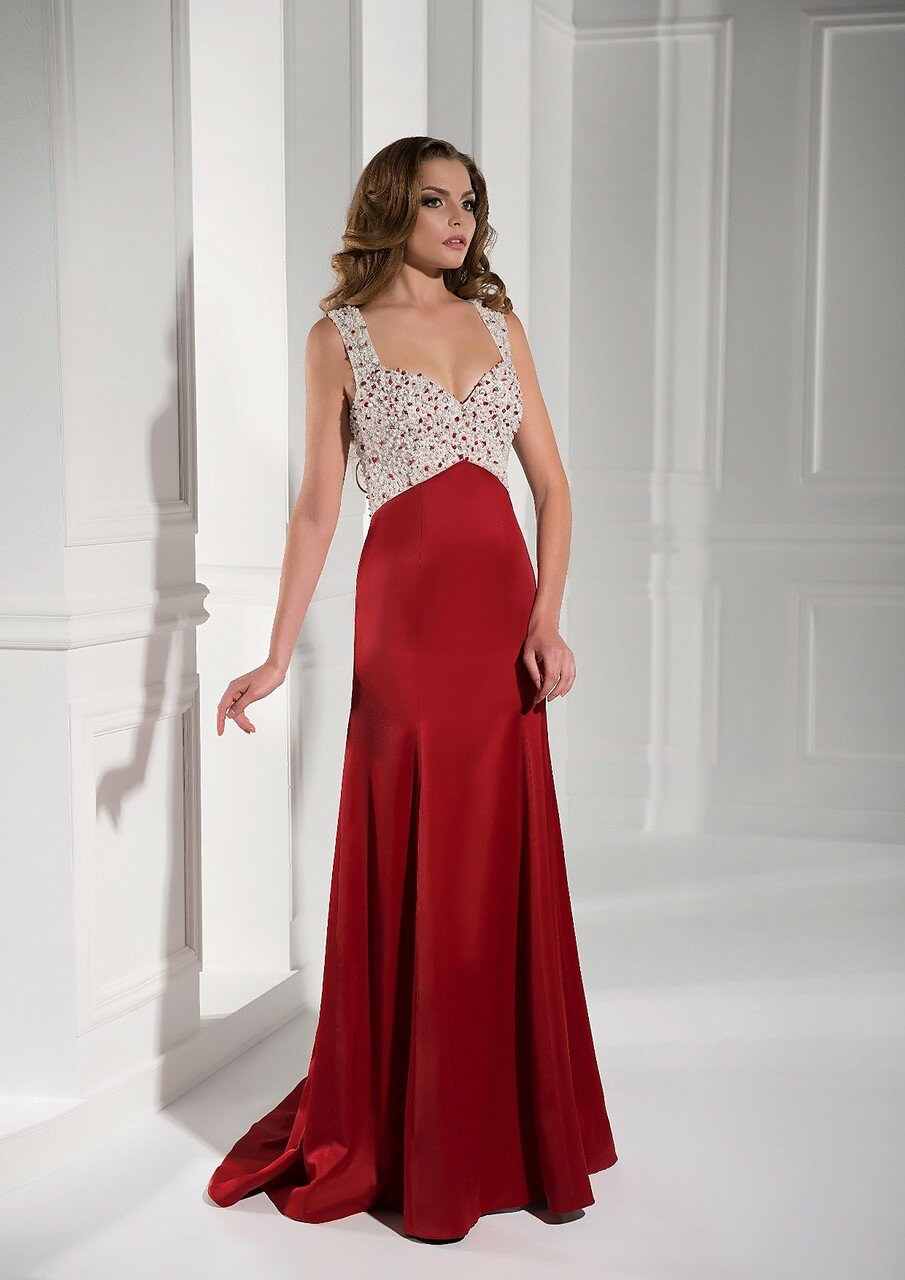 84ab1c44c44 Длинные платья украшают женщину и делают ее образ более женственным и  привлекательным Именно длинное платье придает уверенности себе