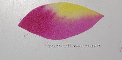 Окраска ткани для цветка, как тонировать ткань для цветка.