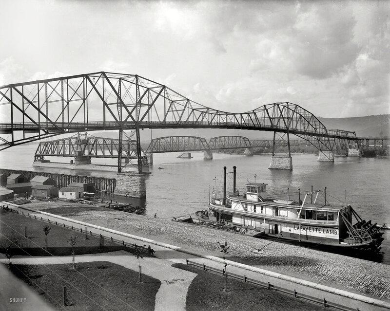 1898. Winona, Minnesota. Bridges over the Mississippi. Sternwheeler Lafayette Lamb