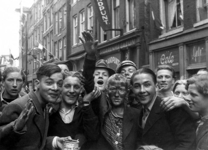 Редкие исторические фотографии, на которых запечатлены известные люди и знаковые события