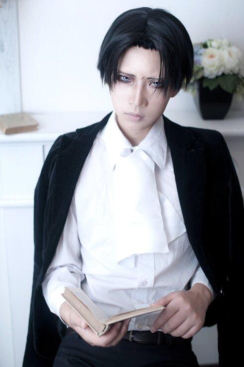 Shingeki no Kyojin (? ? ? ? ?)