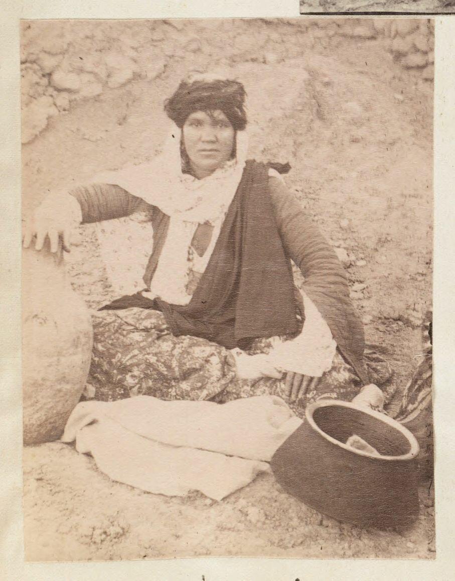 Женщина из Саваджибулагха