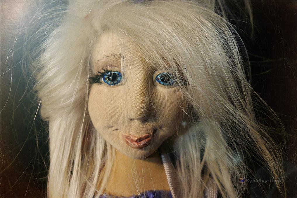 Текстильная шарнирная кукла Светик с мишкой Тимкой.Подарок ребёнку на день рождения., Портретная текстильная кукла, кукла с портретным сходством, кукла по фото, шарж кукла, текстильная скульптура, текстильная кукла, интерьерная кукла, шарнирная кукла, характерные куклы