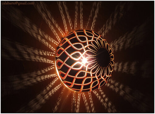 Все мастер-классы и идеи поделок из тыквы, Ваза из тыквы своими руками, Вазы из тыквы: живопись и этнос-стиль, Как правильно подготовить тыкву для поделок, Необычайной красоты тыквы-светильники от Przemek, Погремушка из тыквы, Подвесная свеча-тыковка, Сказочные домики из тыквы: мастер-класс и идеи, Скульптура из тыквы, Солонка и перечница из тыквы, Удивительные резные тыквы от Marilyn Sunderland, Шикарные тыквы в стиле Shabby chic, Шкатулка из тыквы, поделки из тыквы в детский сад, поделки из тыквы своими руками фото, поделки из тыквы на тему осень в детский сад, поделки из тыквы на выставку в школу своими руками, поделки из тыквы своими руками, поделки из тыквы на Хэллоуин, что можно сделать из тыквы своими руками, интерьерные украшения из тыквы, интерьерный декор из тыквы, как сделать поделку из тыквы мастер-класс, как сделать поделку из тыквы идеи, как украсить тыкву, поделки из тыквы для интерьера, поделки из тыквы на Хэллоуин, как подготовить тыкву для поделок, как очистить и высушить тыкву для поделок, оригинальные поделки из тыквы, оригинальные поделки из природных материалов, поделки из овощей своими руками, овощи, тыква, поделки для сада из тыквы, материалы природные, поделки, поделки из овощей, поделки из природных материалов, своими руками, поделки своими руками, из тыквы, вазы, вазы из тыквы, вазы для интерьера, подсвечники из тыквы, праздник урожая, Хэллоуин, на праздник урожая, На Хэллоуин, для интерьера, для сада, украшение интерьера, сувениры, поделки из тыквы, Необычайной красоты тыквы-светильники от Przemek