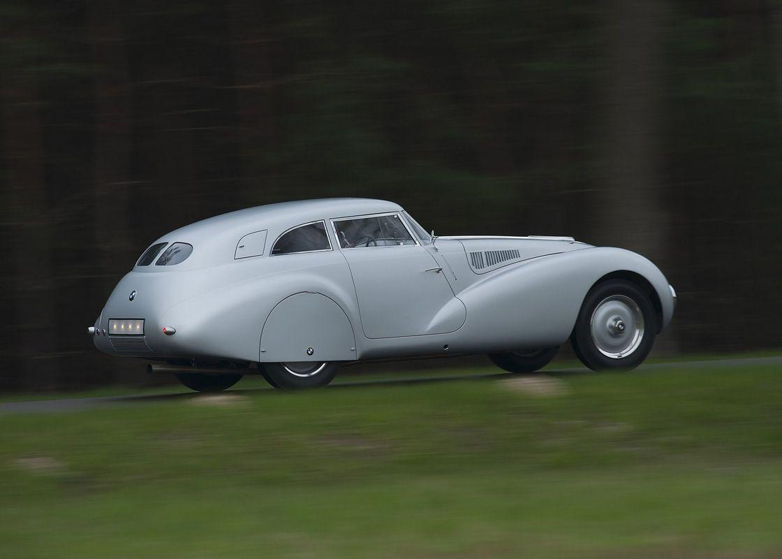 Buick Super Estate Wagon (1940)