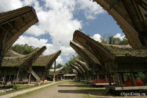 Традиционная деревня Кете Кесу рядом с Рантепао