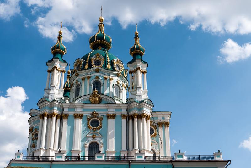 Андреевская церковь, крест